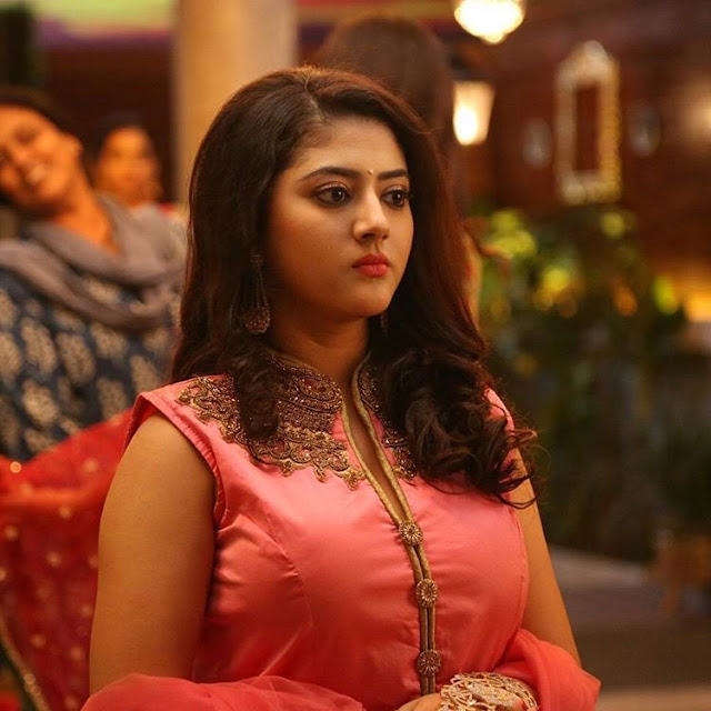 Actress Shriya Sharma personal photos   Cute Expressions   Hot latest spicy   Navel Transparent Saree Navel Queens