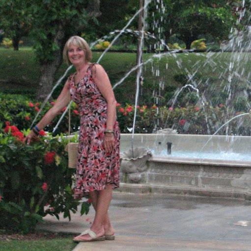 Gail Summers Photo 14