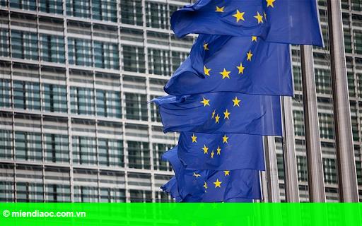 Hình 1: Ủy ban châu Âu kêu gọi Đức tăng đầu tư và Pháp tiếp tục cải cách