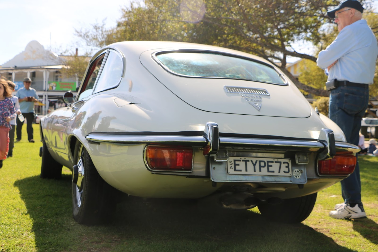 Jaguar E-Type Mk3 V12 - British_Classic_Tour_6_May_2018_0026.JPG