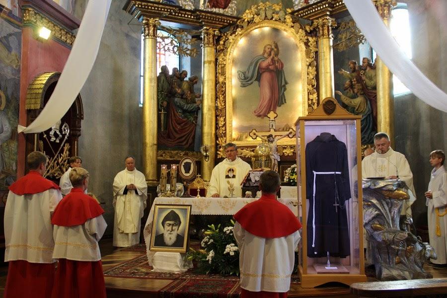 Z relikwiami św. O.Pio w Istebnej - IMG_3454.JPG