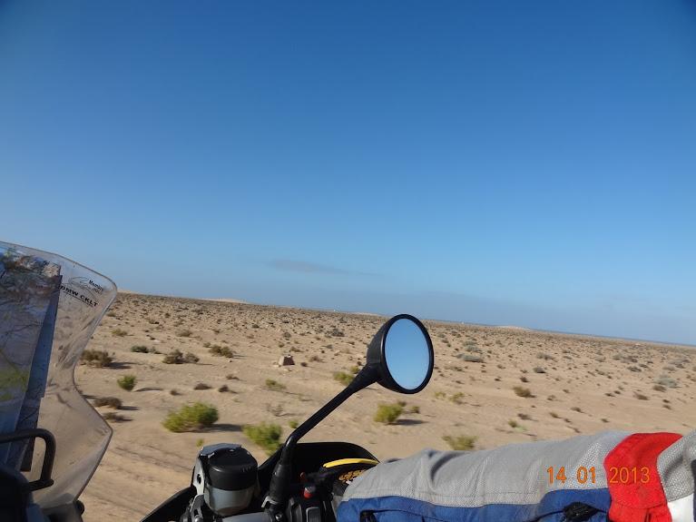 Marrocos e Mauritãnia a Queimar Pneu e Gasolina - Página 5 DSC05792