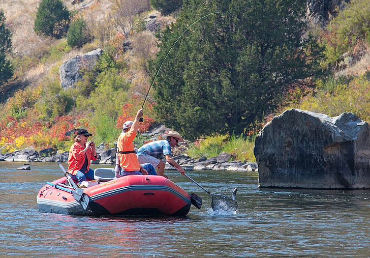 How to Find places to fish and Boat near you