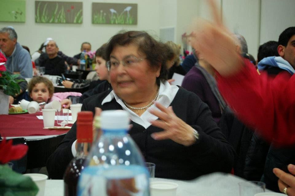 Tu Bishvat 2012  - 422574_2716354987692_43727426_n.jpg