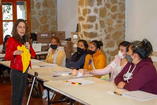 Concluye Supérate segundo taller de estimulación temprana para padres de familia