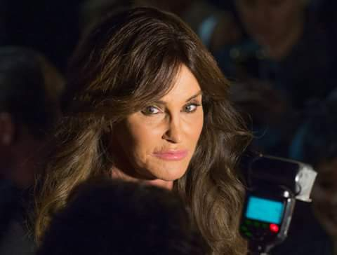 Caitlyn Jenner stylish side pose picture