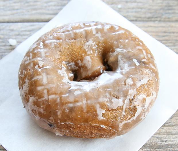 photo of blueberry cake donut