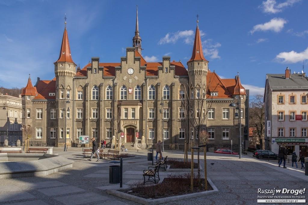 Ratusz w Wałbrzychu przy Placu Magistrackim