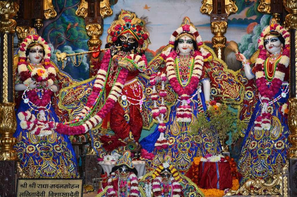 ISKCON Ujjain Deity Darshan 22 Dec 2015 (20)