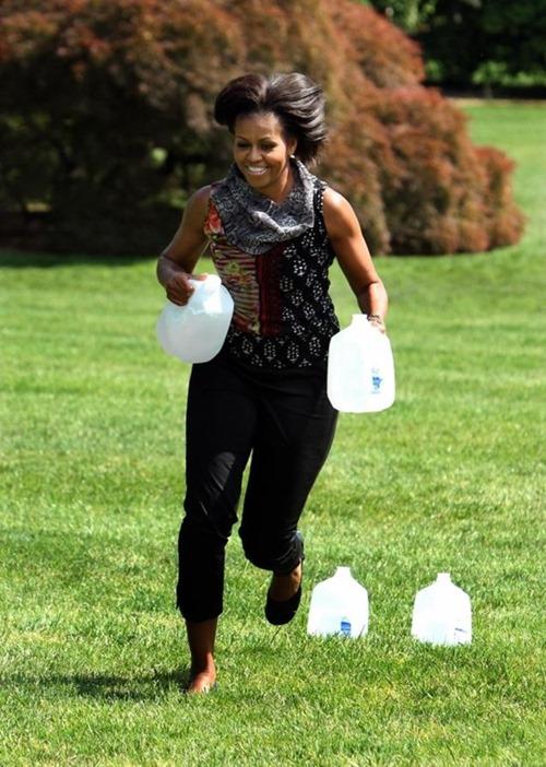 mo water jugs[3]