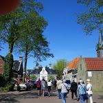 080-We wandelen door de Feestvreugde van Heeg.