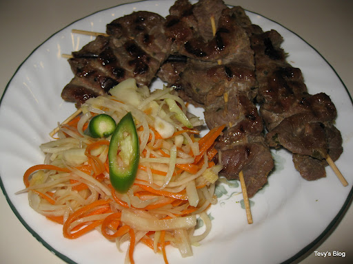 ... Tevy's Kitchen: Grilled Lemongrass Beef Skewers ( Sach Ko Ang Jakak