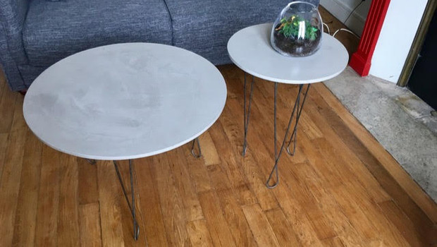 Plateaux de table en béton ciré gris clair - réalisation sur-messure