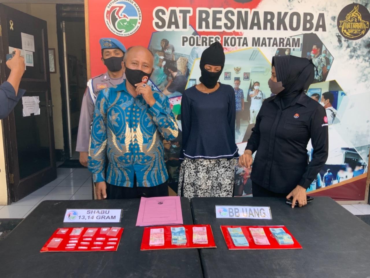 Janda Karang Bagu Ditangkap Terkait Dugaan Edarkan Sabu