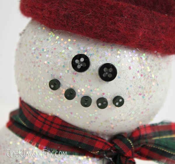 Button face on snowman