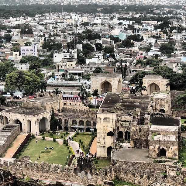 Hyderabadi Baataan - dce75b02b45ae0b5f5cbe3d242e039c3047afd00.jpg
