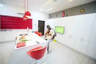 Peter Okoye kitchen