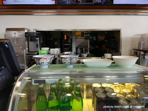 【食記】柬埔寨金邊吉野家 yoshinoya@ភ្នំពេញ金邊國際機場 : 口味水準與日本一致,台灣的是在賣三小... 區域 午餐 定食 日式 早餐 柬埔寨(Cambodia) 蓋飯/丼飯 金邊 飲食/食記/吃吃喝喝