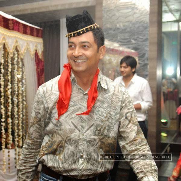Shekhar Kharabe during Shravan Kukerja's birthday party, in Nagpur.