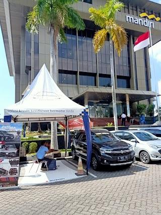 Pameran Suzuki XL7 di Bank Mandiri Semarang