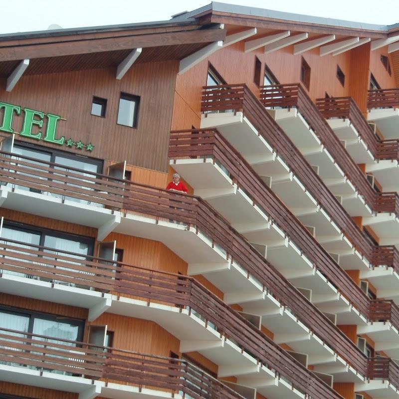 Meribel_39 Mottaret Hotel.jpg