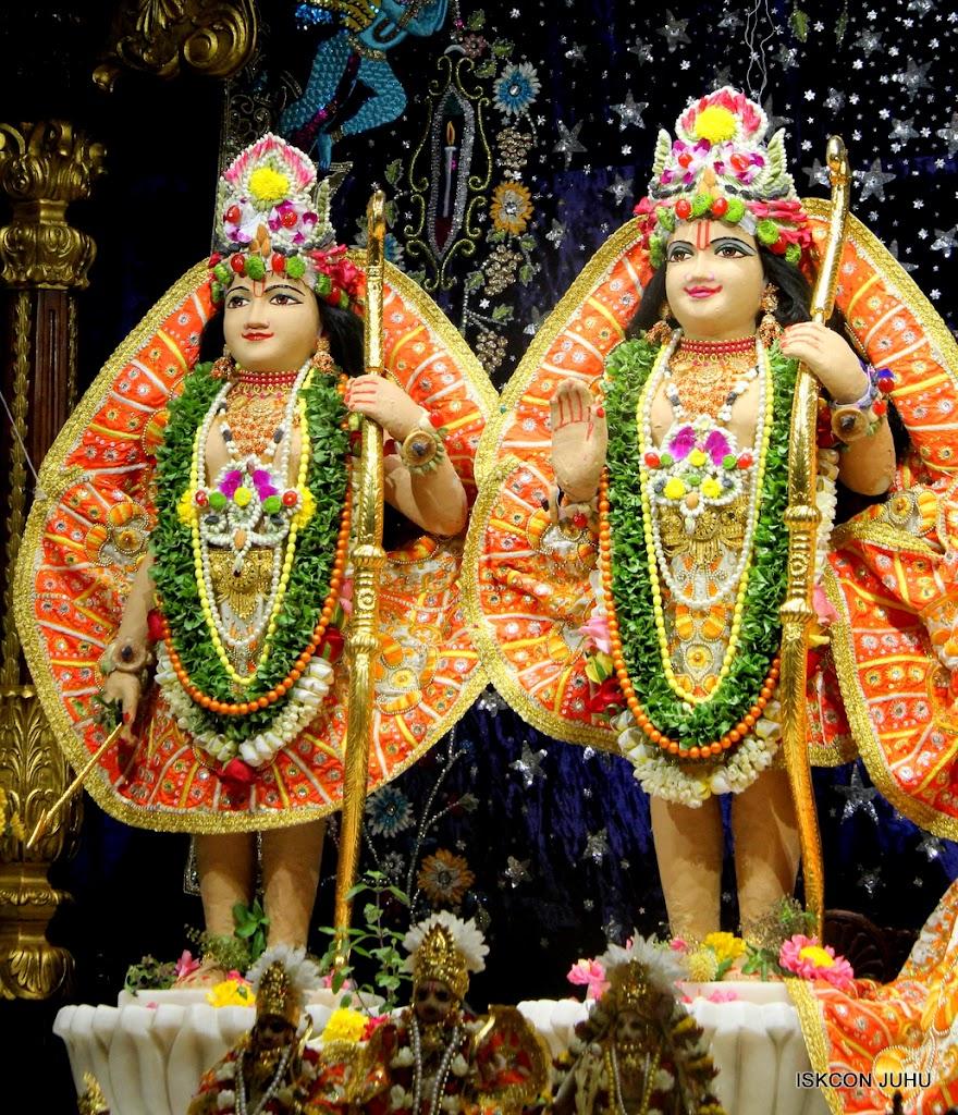 ISKCON Juhu Chandan yatara Deity Darshan on 9th May 2016 (41)