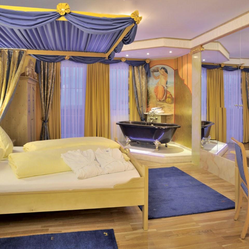 Zimmer im Schlosshotel Lacknerhof