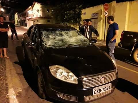 Resultado da noite política em Viçosa do Ceará. Apenas um dos vários casos de  violência.