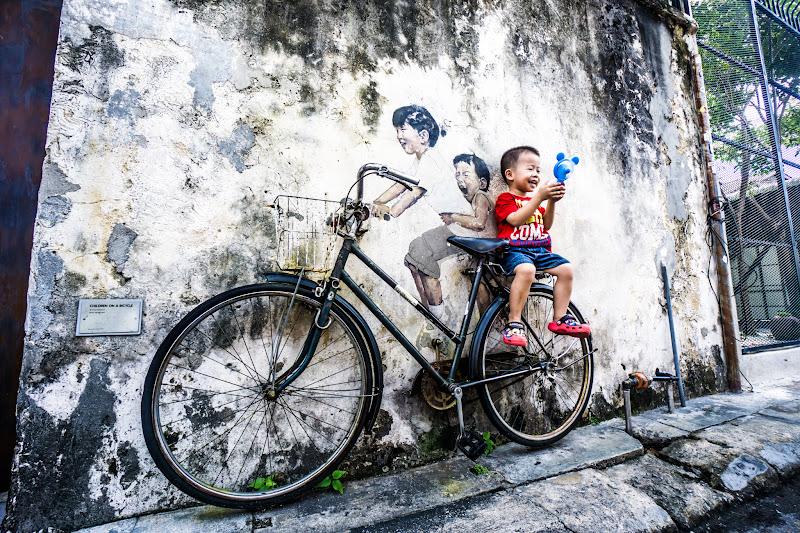 ペナン ジョージタウン ストリートアート Kids on Bicycle3