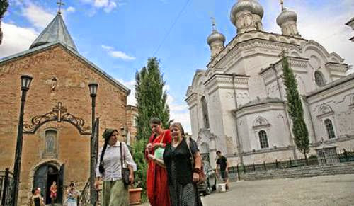 War Splits Orthodox Churches In Russia And Georgia