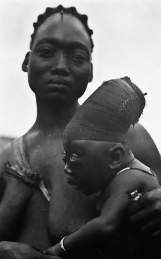 Os crânios alongados do povo Mangbetu