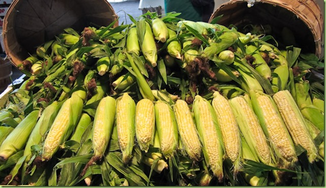 corn-market-table