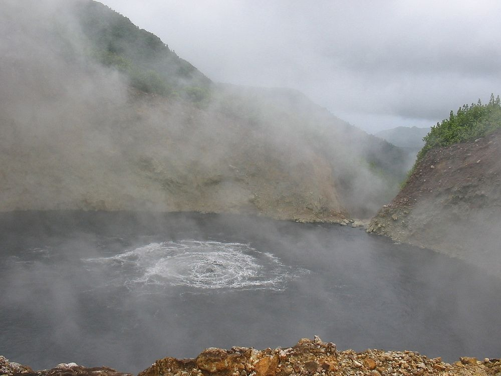 boiling-lake-dominica-1