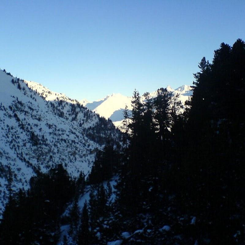 Les_Arcs_39 Arcs 2000 Valley.jpg