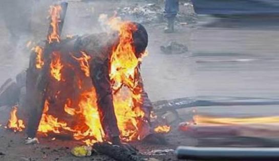 Lelaki didakwa senda al-Quran dibakar di lokap polis