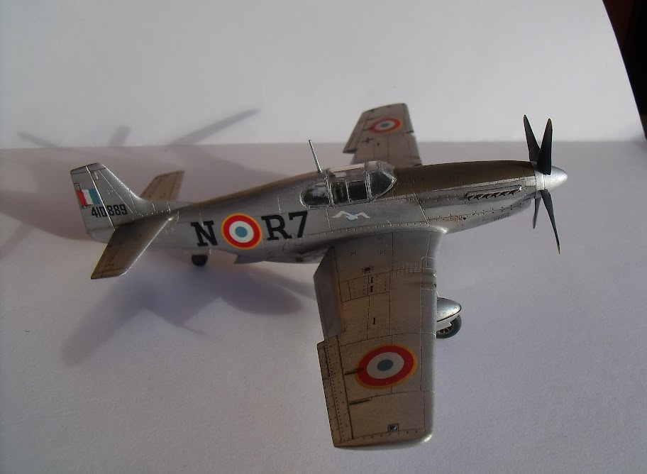 [Academy] N.A. F-6C Mustang GEDC0510