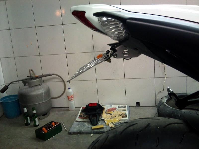 Brinquedo novo na área - GSXR 750 2012 Branca (pag 2) DSC_0064