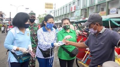 Cegah Penyebaran Covid-19, Dharma Pertiwi Daerah L Bagikan 900 Masker