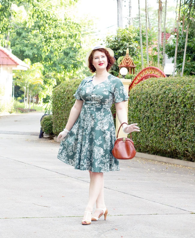 Early 1940's inspired style for summer | Lavender & Twill
