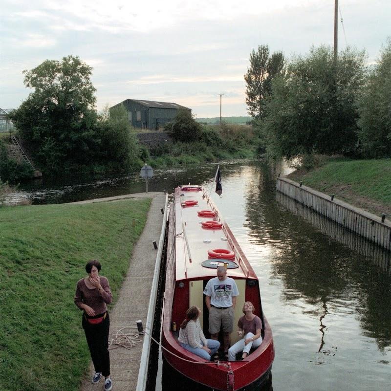 Canal_Boating_07 Boating.jpg