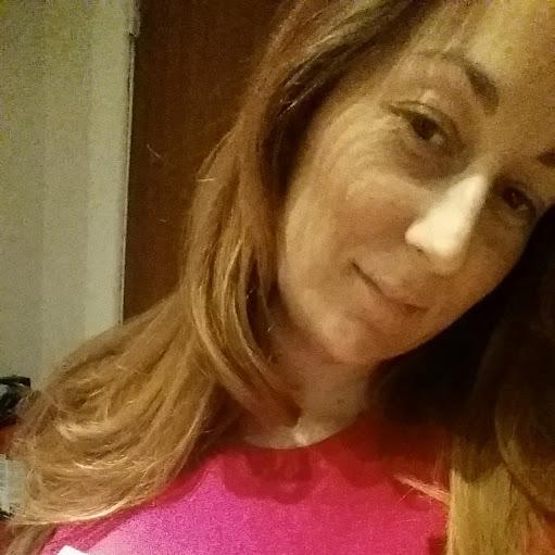Lisa C Profile Picture