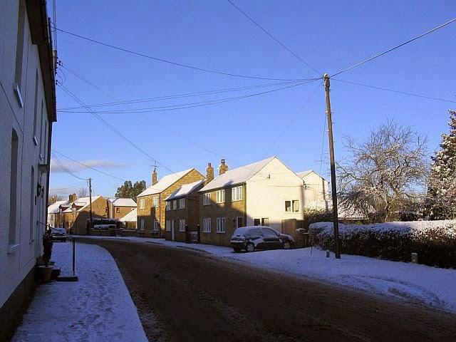 Woodhurst In The Snow - 5013298510233_0_BG.jpg