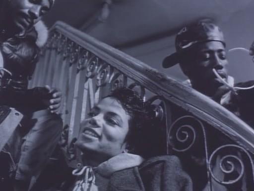 Diálogo reflexivo de Joie e Willa sobre Michael e sua genialidade. ;) Bad-michael-jackson-music-videos-9429160-512-384