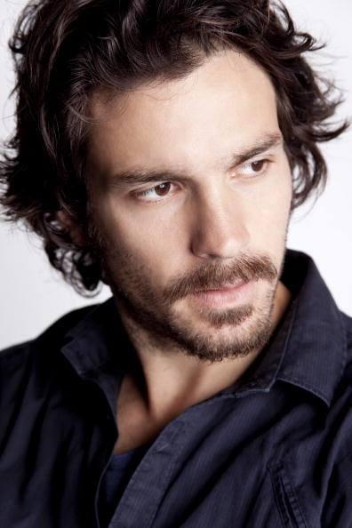 Santiago Cabrera Profile Pics Dp Images