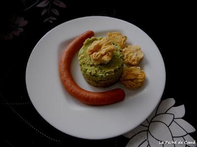 Tartar de aguacates con salchichas Bockwurst