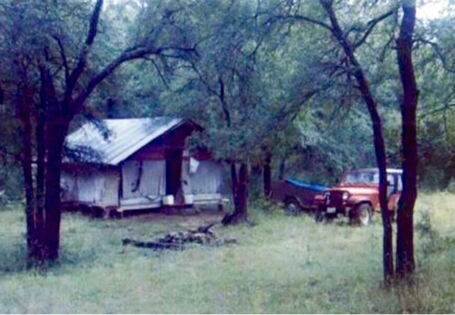 Dudleys diary dudleys bowhunting camp at his uncles ranch for Brazos river cabins