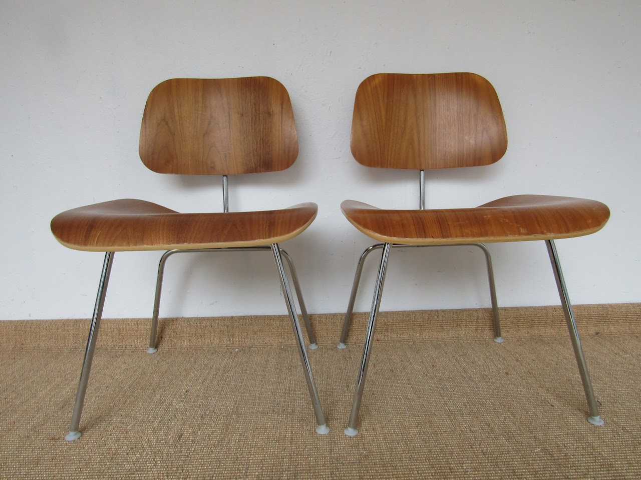 Eames Molded Plywood Chair Pair (3)