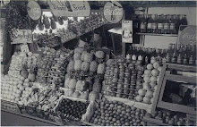 1950_Picone Fruit Shop_5560490774_l