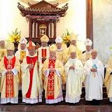 Kim Khánh Linh mục Đức Cha Phêrô Trần Đình Tứ