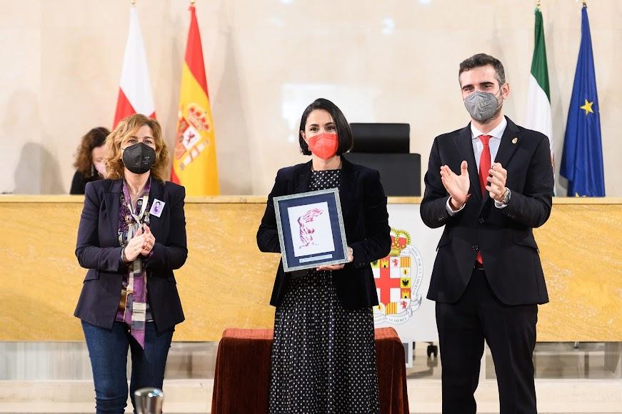 Premio a María Salmerón Salmerón (Emprendimiento).
